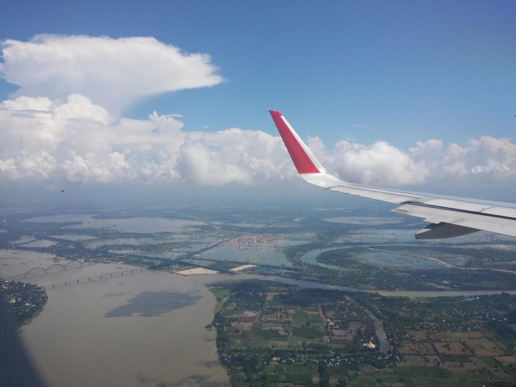 Flug nach Myanmar