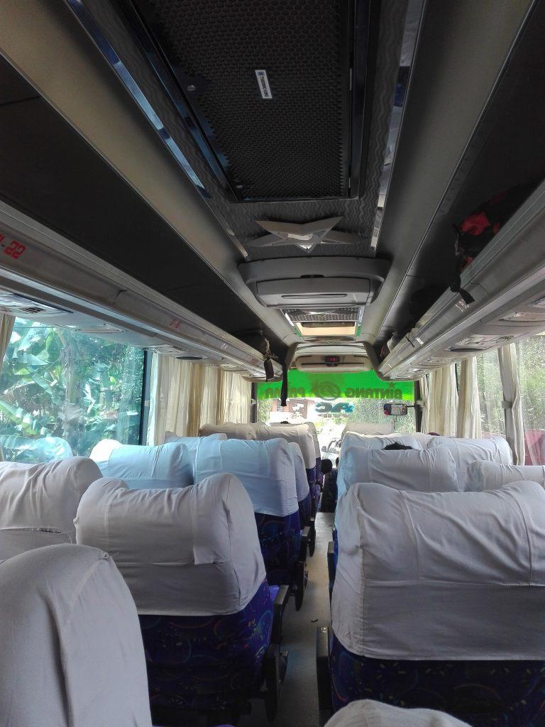 Bus Bingtang Prima von Toraja nach Makassar Südsulawesi
