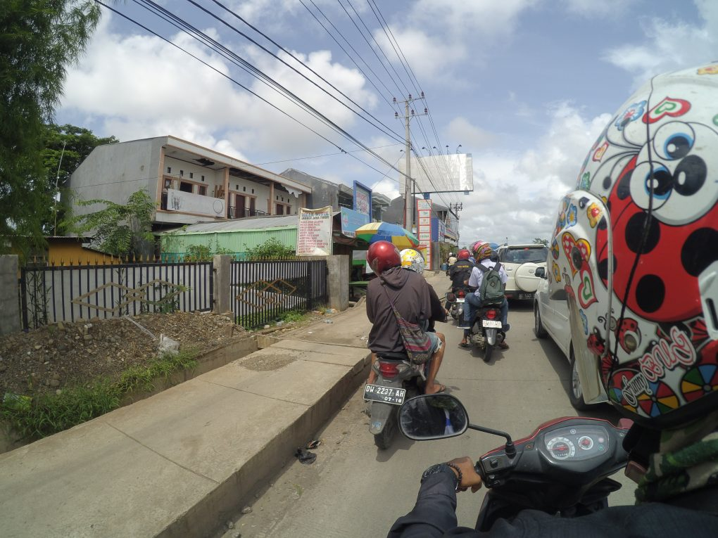 Der stockende Verkehr in Makassar Südsulawesi